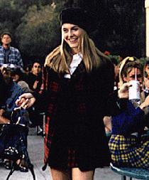 Alicia at school in Clueless