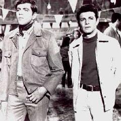 Fabian & Frankie Avalon in Fireball 500